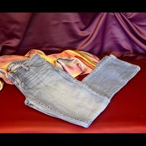 Excellent Kut from the Kloth Farrah bootcut jeans